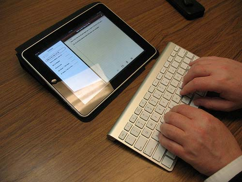 iPad-Wireless-Keyboard